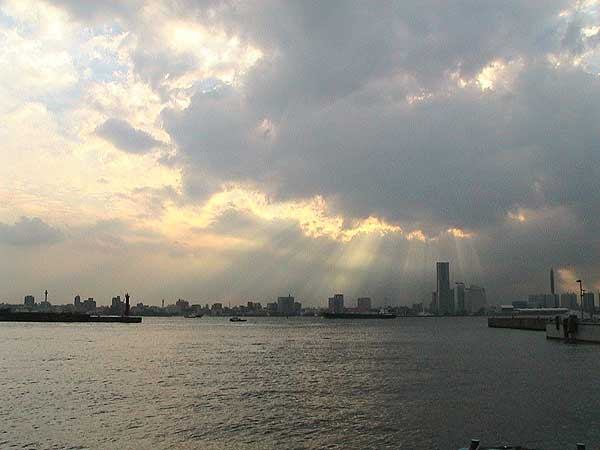 海の散骨-横浜