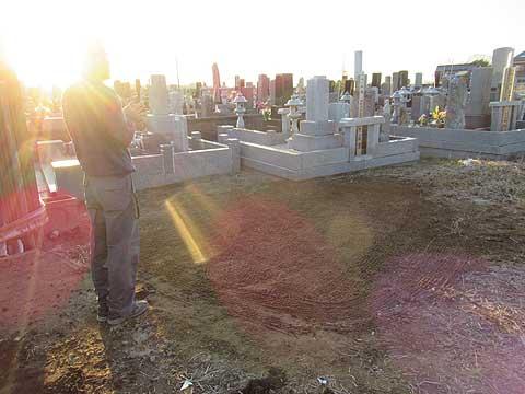 墓じまいを一番最初に相談する人